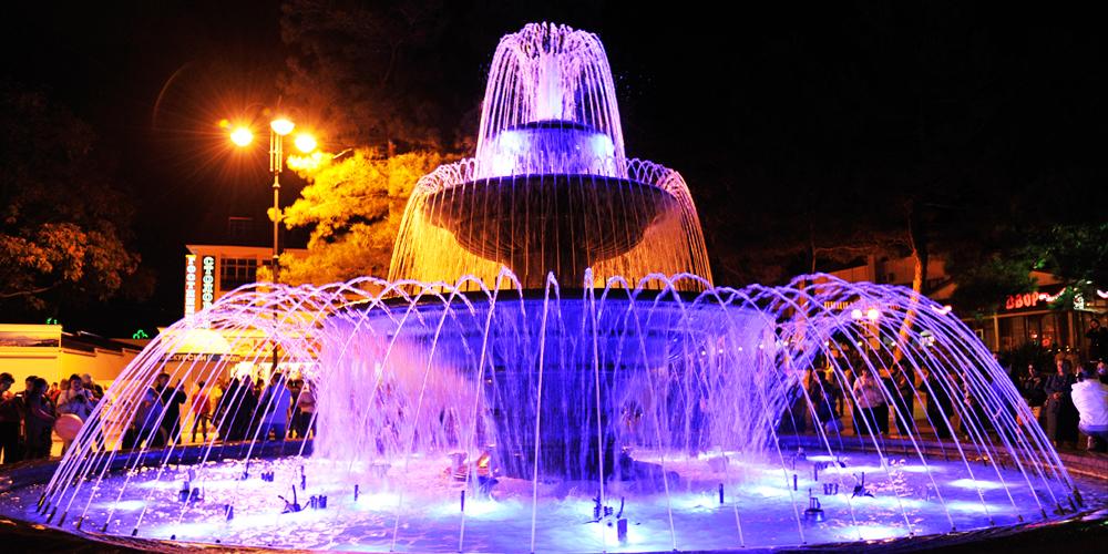 [home] Gelendzhik-Fontana-Musicale-Lermontovskiy-Boulevard_1